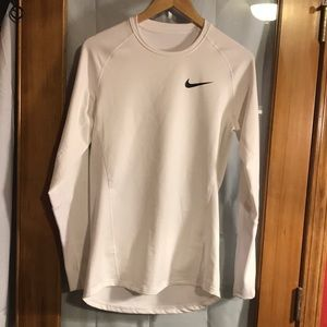 NWT NIKE DRI-FIT SWEATSHIRT